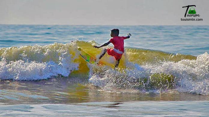 Surfing in mahabalipuram beach