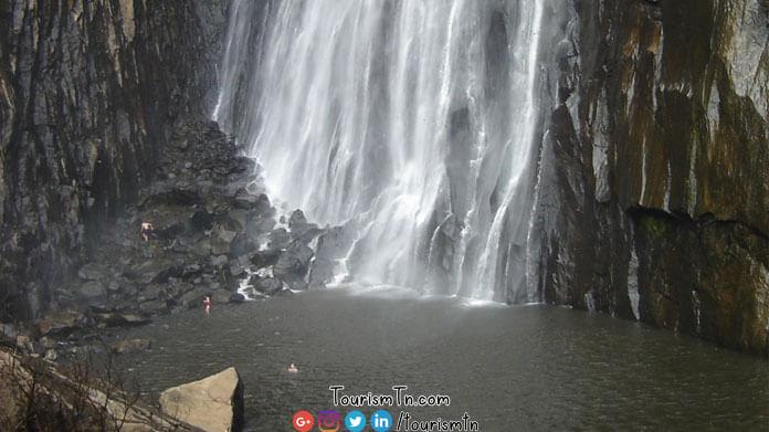 Thalaiyar waterfalls bottom